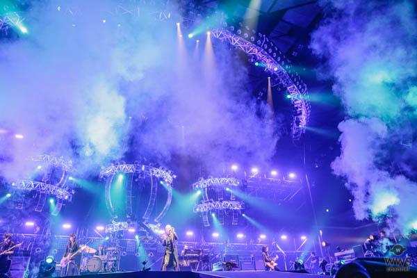 【ライブレポート】吉川晃司がツアー・ファイナルをオリンピック会場・武蔵野の森で2days開催!骨太な男っぽい歌声で18,000人を魅了!