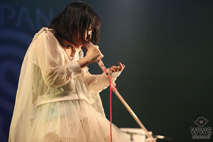 【ライブレポート】大森靖子がCOUNTDOWN JAPAN 17/18の2日目に登場! 心にグサリと刺さる曲とメッセージで力強いステージを展開。