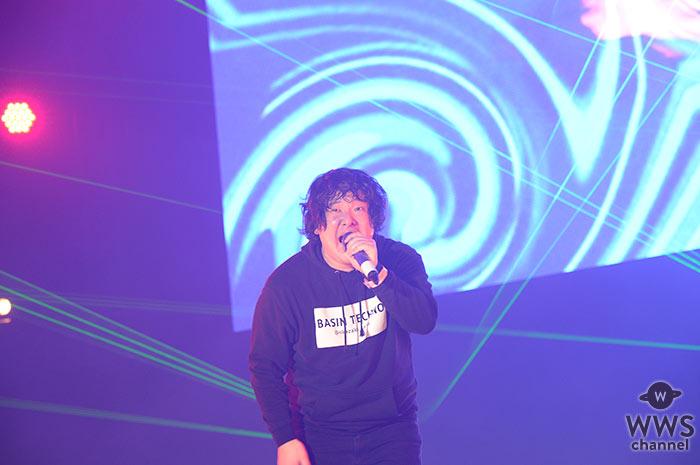 【ライブレポート】岡崎体育がCOUNTDOWN JAPAN 17/18 GALAXY STAGEに登場!2017年を笑い納める岡崎体育独演ライブ!