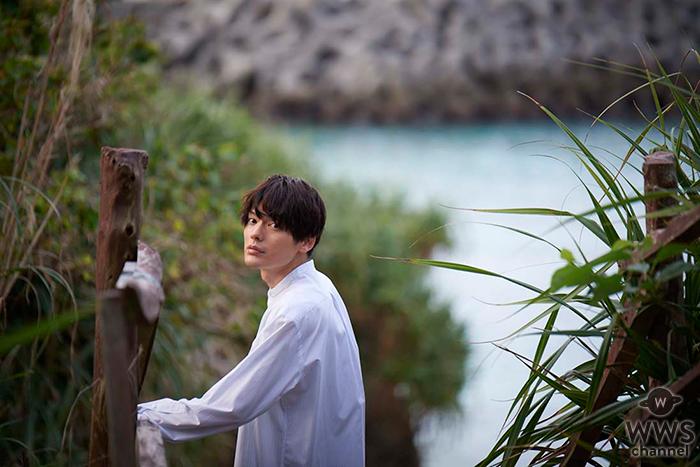 崎山つばさがカレンダー発売!舞台、テレビドラマ、歌手と、今最も勢いのある2.5次元俳優の一人!「なぜだか沖縄に行くと懐かしい気持ちになる」