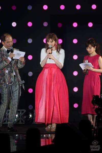 香里奈がTGC国連ステージにスペシャルゲストで登場!<東京ガールズコレクション2018 S/S>