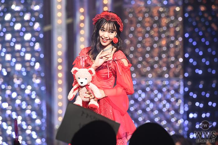藤田ニコルがクマの人形を片手に真っ赤なドレスでViVi Night 2018に登場!瑛茉ジャスミン、八木アリサ、古畑星夏らViViモデルが大集結!