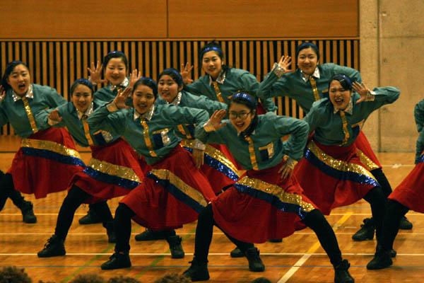 バブリーダンス 登美丘高校ダンス部に続く学校はどこか?西にユーモアダンス集中か!?