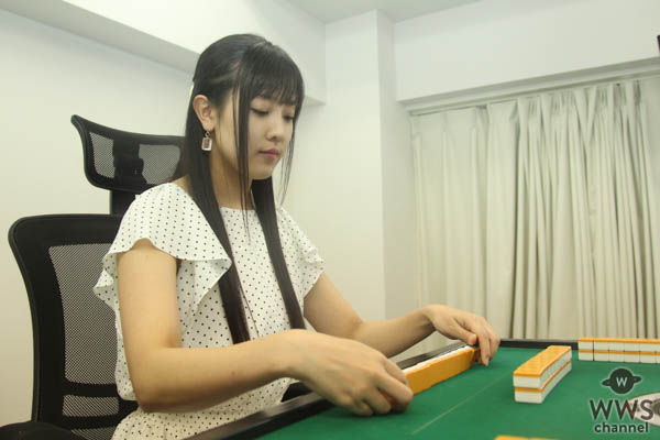 女優・山本ひかるにインタビュー!「自分の中に秘めてる負けず嫌いなところをいっぱい出せるのが麻雀」