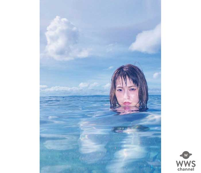 SCANDALのフロントマンHARUNAが初写真集「SOMEWHERE」を発売!バンドや恋愛について語ったロングインタビューも収録!!
