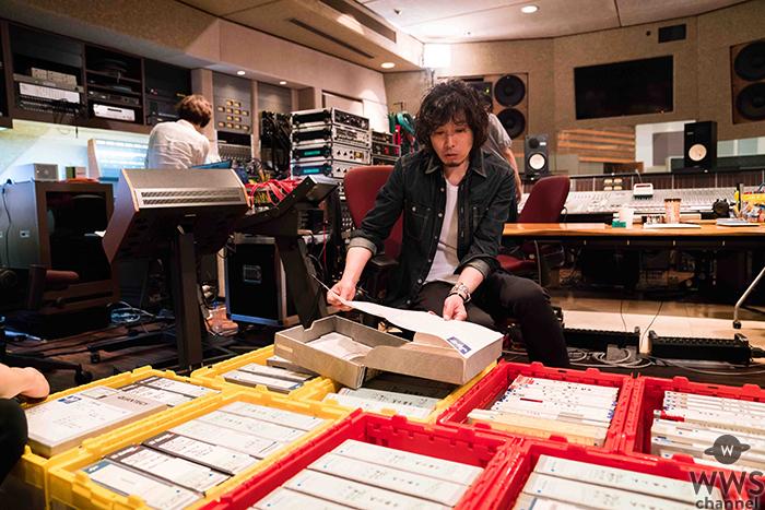 斉藤和義、音へのこだわり、曲の誕生秘話など貴重なエピソード満載の特別番組を7/29(日)WOWOWでオンエア!
