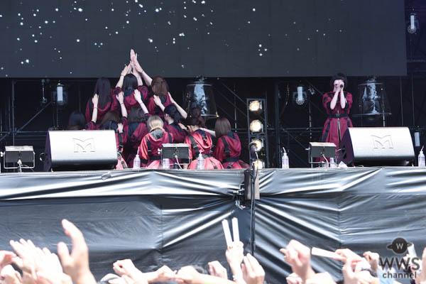 【ライブレポート】欅坂46が赤の新衣装でトップバッターで登場!名曲『二人セゾン』からライブスタート!〈ROCK IN JAPAN FESTIVAL 2018>