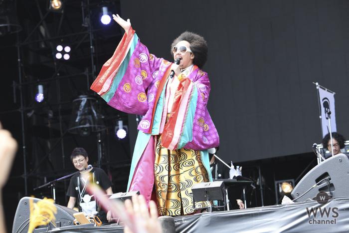 【ライプレポート】レキシが初出演ながら、唯我独尊のステージで会場を爆笑の渦に!「ROCK IN JAPAN FESTIVAL 2018」2日目のGRASS STAGEに登場!