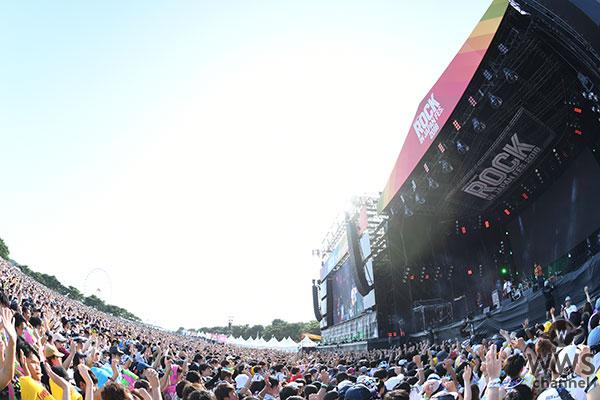 クリープハイプが名曲『栞』を披露!夏の定番曲とともに尾崎世界観節が真夏のGLASS STAGEで炸裂!