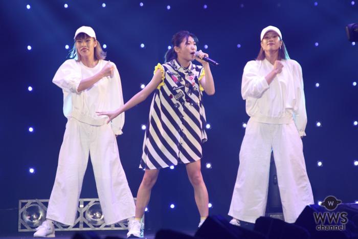 RUANNが「TGC2018 A/W」のオープニングアクトに登場!大観衆を前に度胸のあるパフォーマンスを展開!<東京ガールズコレクション 2018 AUTUMN/WINTER>