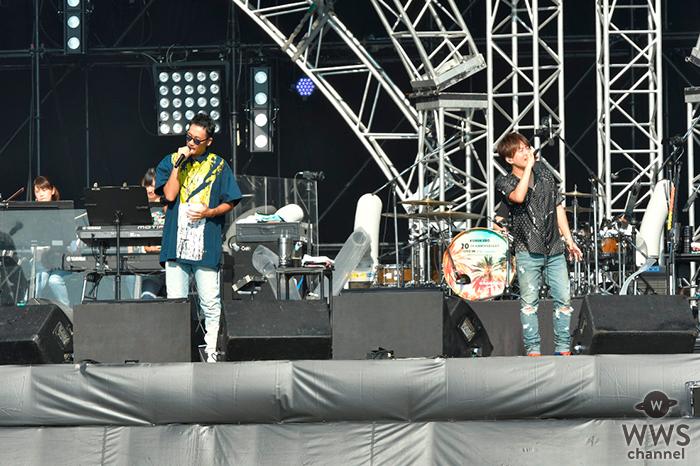 コブクロ、結成20周年記念ライブを小渕の地元・宮崎県にて開催! 約25000人全員で結成のきっかけとなった「桜」を大合唱!