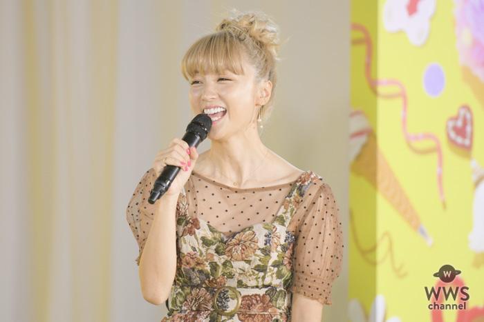 Dream Amiが「Super! C CHANNEL」のトークショーに登場!ライブ配信で続々と質問に返信!!