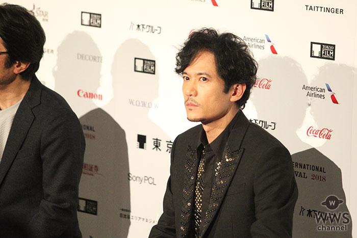稲垣吾郎が東京国際映画祭に登場! クールな表情で映画『半世界』について語る!