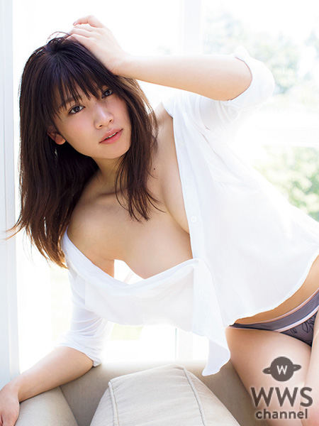 久松郁実、3年ぶり待望のセカンド写真集の表紙カバー写真が決定&一部カットを先行公開!!