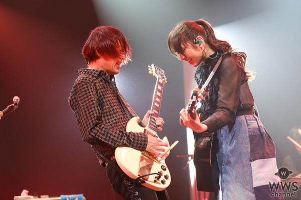 阿部真央、10周年へ向けた全国ホールツアーがスタート!ツアー初日のライブレポートが到着!