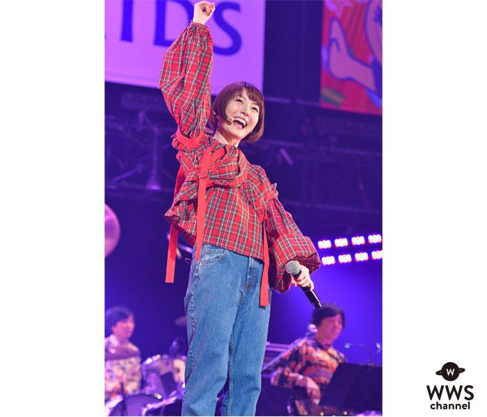 花澤香菜がAAA(アクト・アゲインスト・エイズ)に出演!優しい歌声で武道館を包み込む<Act Against AIDS 2018 「THE VARIETY 26」 >