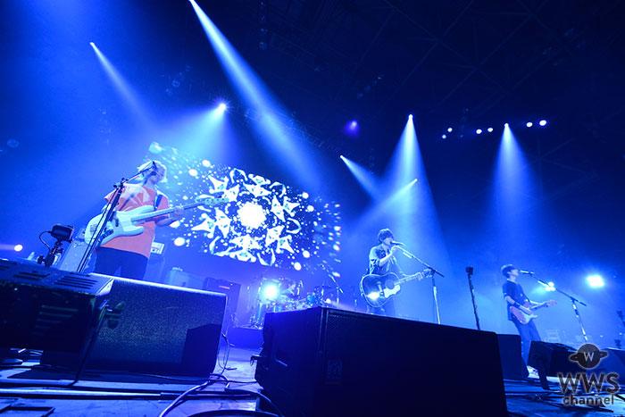 【ライブレポート】BUMP OF CHICKENがCOUNTDOWN JAPAN 18/19(カウントダウン・ジャパン)「EARTH STAGE」初日のトリに登場!<CDJ1819>