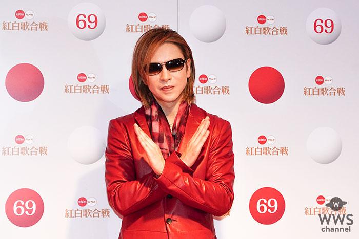 YOSHIKI、「白組」でドラム「紅組」でピアノ!無敵の両刀パフォーマンスに溢れ出る卓越したアーティスト性!紅白歴史上初の両組出演で魅せた『度肝抜く』圧巻のステージ!!