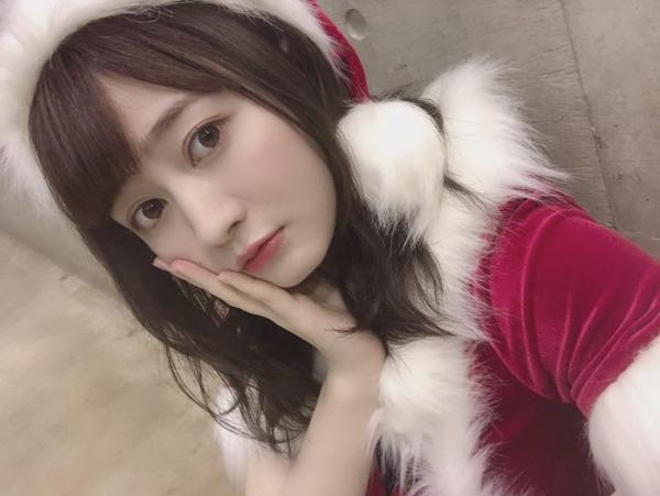 SKE48がサンタのコスプレで今年最後の握手会に参加!谷真理佳は「ビビるぐらいの美女」と話題に!
