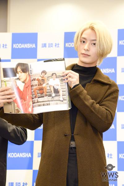 西銘駿、飯島寛騎らイケメン俳優集団「男劇団青山表参道X」が初のフォトブックを2冊同時発売!