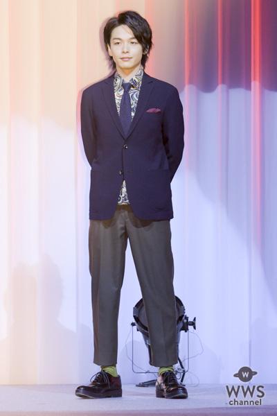 俳優・中村倫也が「Yahoo!検索大賞 2018」俳優部門を受賞!トロフィーの重さに「1クリックの結集なんですね」