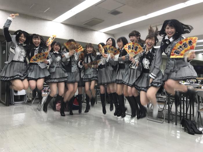 AKB48・横山由依が新年恒例の年越しジャンプ写真を投稿!「さらなる活躍となる一年になりますように」とファンからのコメント殺到!