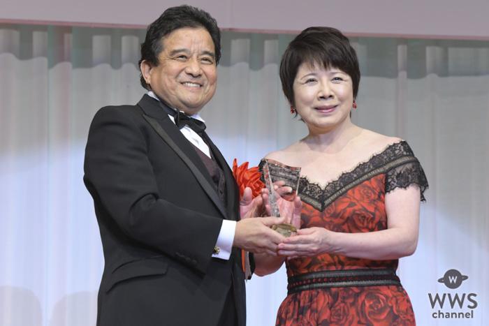 森昌子が「第30回日本ジュエリーベストドレッサー賞」を受賞!