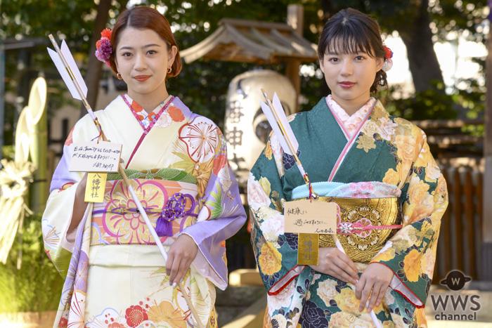 E-girls・石井杏奈、武部柚那が艶やかな振袖姿を披露!二十歳の目標を語る!!