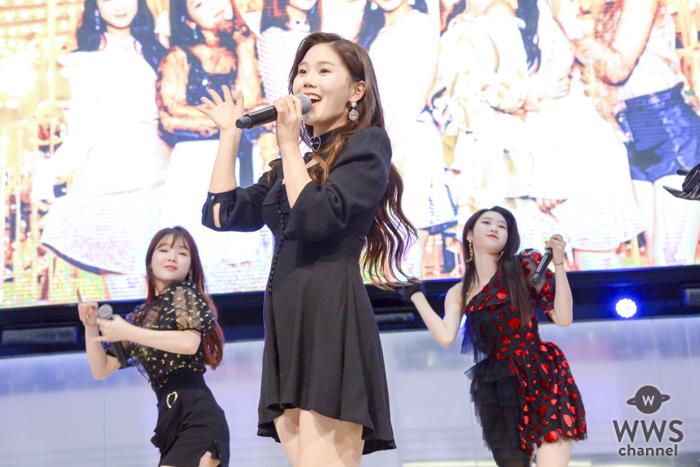 OH MY GIRLがいよいよ日本デビュー!歓喜と熱気に満ちたミニライブを開催!