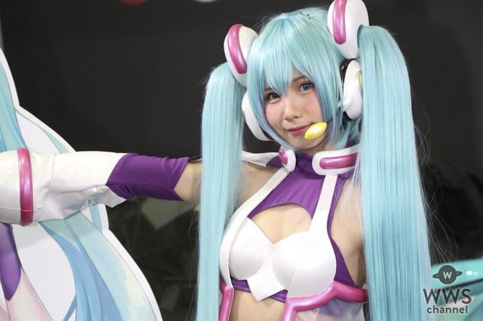 大人気コスプレイヤーのえなこが「東京オートサロン2019」で撮影会を実施!