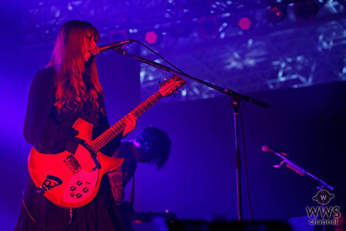【ライブレポート】GLIM SPANKYがCOUNTDOWN JAPAN 18/19に出演!『怒りをくれよ』『ハートが冷める前に』などのヒット曲を次々と披露!<rockin'on presents COUNTDOWN JAPAN 18/19>
