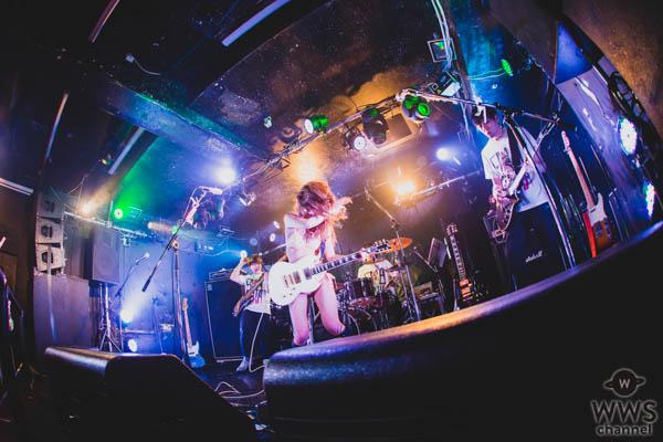 今いちばん脱げるシンガーソングライター藤田恵名がワンマンライブでニューアルバム発売を発表!!