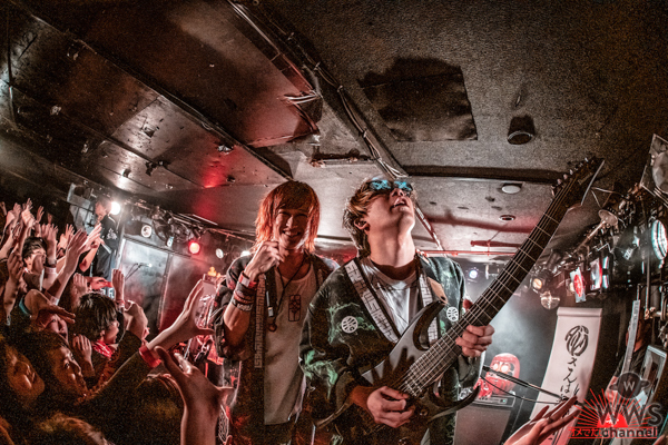 オメでたい頭でなにより、初の全国ワンマンツアーがスタート!ツアー初日ライブレポートが到着!
