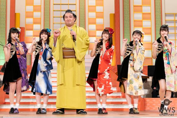 まねきケチャ、NHK福祉大相撲に登場!竜電関と「U.S.A.」を披露!