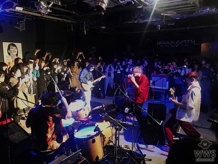 パノラマパナマタウン、オーディエンスがありのままの姿を捉えた! フルアルバム「情熱とユーモア」全曲再現ライブ開催!!