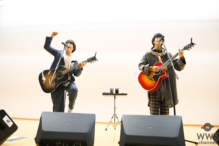 さくらしめじ、中学校サプライズライブ!生徒全員と合唱で大きな感動と一体感!