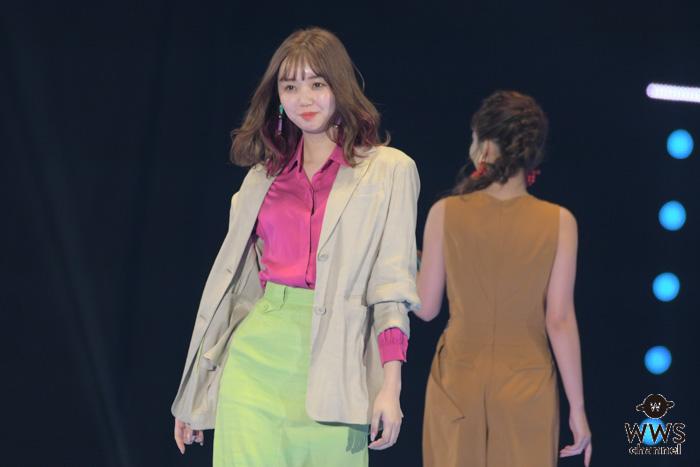 江野沢愛美が『東京ガールズコレクション 2019 S/S』のステージに登場!<TGC 2019 S/S>