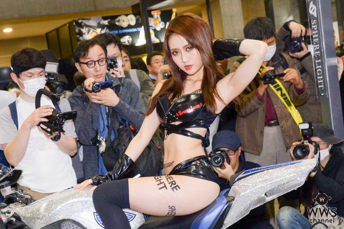 祝田加奈美の魅せる美脚で来場者悩殺!<東京モーターサイクルショー2019>