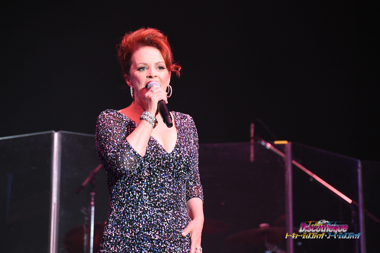 【ライブレポート】【ライブレポート】シーナ・イーストンがデビュー曲『Modern Girl』を披露!<トーキョー・ディスコティック>