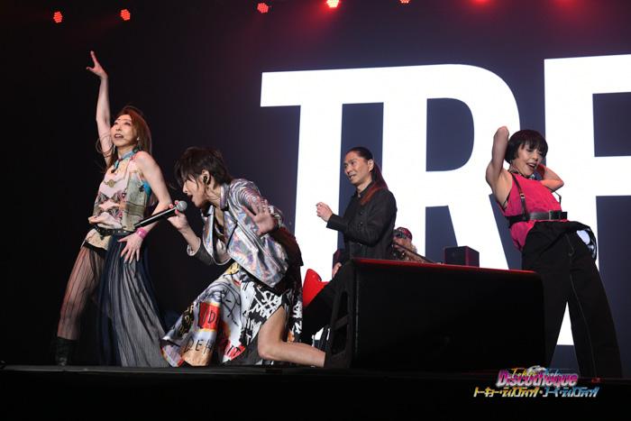 【ライブレポート】TRF、『EZ DO DANCE』をはじめとしたヒットナンバーで幕張メッセを席巻!<トーキョー・ディスコティック>