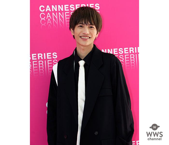 志尊淳が仏・カンヌのピンクカーペットに登場!日本ドラマ初の快挙に喜びのコメント!