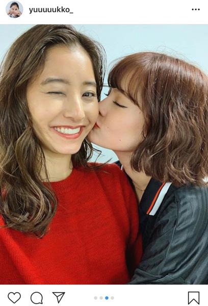 女優・新木優子がemmaの誕生日を祝福!TGC直後のオフショットも公開!!