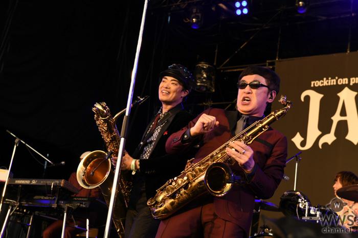 【ライブレポート】東京スカパラダイスオーケストラのステージに、さかなクンが登場! SKY STAGEで豪華セッションを披露!<JAPAN JAM 2019>