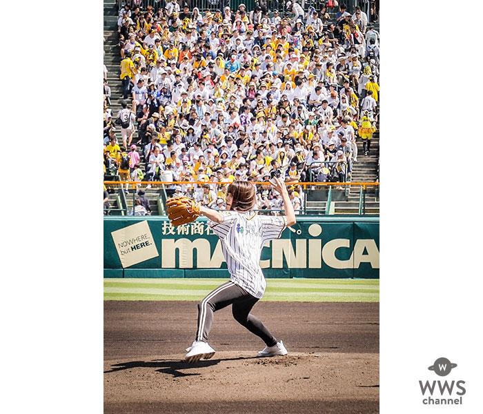 足立佳奈、甲子園で自身二度目となる始球式に登板!豪快なピッチングにスタンドから大喝采!!