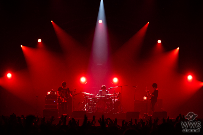 【ライブレポート】今年、結成15周年を迎えるUNISON SQUARE GARDEN(ユニゾン)がSTAR STAGEに登場!<VIVA LA ROCK 2019>