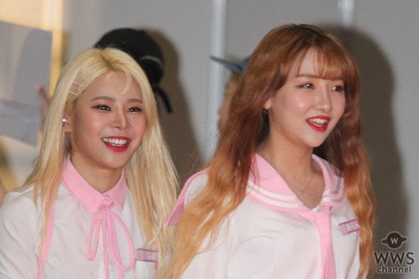 PINK FANTASYが「M COUNTDOWN」出演前のレッドカーペットに登場!<KCON 2019 JAPAN>