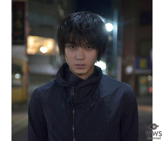 俳優・磯村勇斗がドラマ『TWO WEEKS』で初の殺し屋に!三浦春馬との共演に「肉体的にも精神的にもダメージを…」