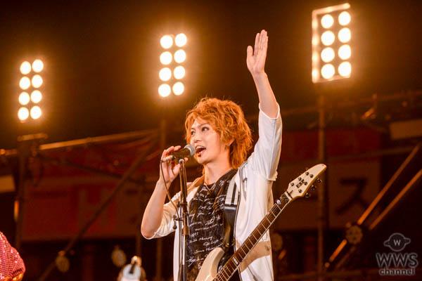 ゴールデンボンバーがヒット曲『女々しくて』で、花火打ち上げのカウントダウンを成功させる!<2019 神宮外苑花火大会>