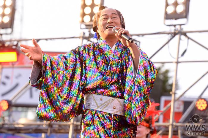 松平健がド派手なスパンコールの着物で新曲『マツケン・アスレチカ』を披露!<2019 神宮外苑花火大会>
