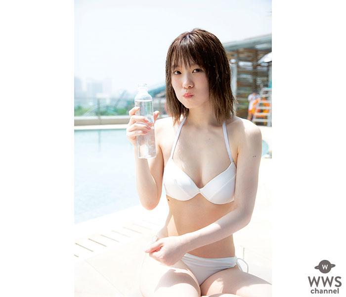 欅坂46・小池美波のまぶしすぎる白ビキニ解禁!1stソロ写真集『青春の瓶詰め』から先行公開